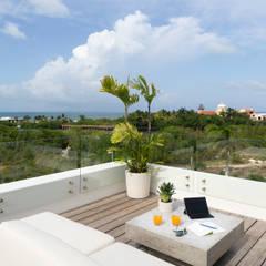de Daniel Cota Arquitectura | Despacho de arquitectos | Cancún Moderno Madera Acabado en madera
