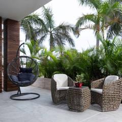 Teras oleh Daniel Cota Arquitectura | Despacho de arquitectos | Cancún