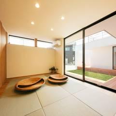園の家: STaD(株式会社鈴木貴博建築設計事務所)が手掛けた和室です。,