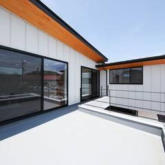 園の家 オリジナルデザインの テラス の STaD(株式会社鈴木貴博建築設計事務所) オリジナル
