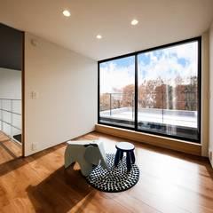 音箱の家: STaD(株式会社鈴木貴博建築設計事務所)が手掛けた子供部屋です。,