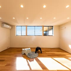 ∧の家: STaD(株式会社鈴木貴博建築設計事務所)が手掛けた子供部屋です。,