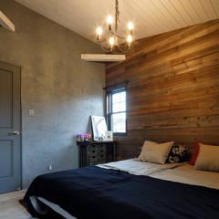 house-21: dwarfが手掛けた小さな寝室です。
