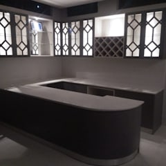 Basement at Noida: minimalist  by Grey-Woods,Minimalist Engineered Wood Transparent