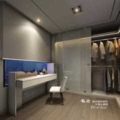 غرفة الملابس تنفيذ 木博士團隊/動念室內設計制作