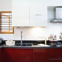 Built-in kitchens by HomeLane.com