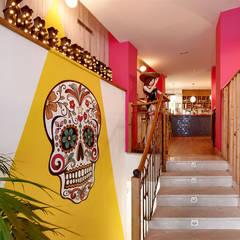 Proyecto de reforma, interiorismo y decoración de restaurante mejicano en Valladolid: Locales gastronómicos de estilo  de MEDITERRANEAN FUSION S.L.