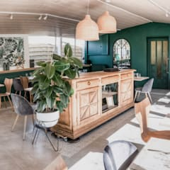 Agence Maïlys MOUTON의  레스토랑, 북유럽