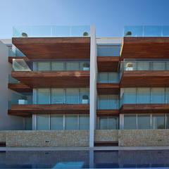 Balcón de estilo  por Grupo Viesa,