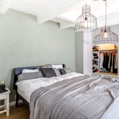 Rijksmonument Utrecht:  Slaapkamer door MIRA Interieur & Meubelontwerp,