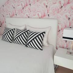 Suite Flamingo - Antes & Depois Quartos tropicais por Espaços Únicos - EU InteriorDecor Tropical