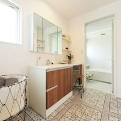 『 LivesumaiⅤ 』:  Live Sumai - アズ・コンストラクション -が手掛けた浴室です。