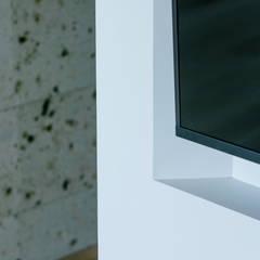 I-HOUSE 北欧スタイルの 壁&床 の ELD INTERIOR PRODUCTS 北欧