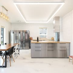 인천 계양구 단독주택, 동암재(洞巖齋): 주택설계전문 디자인그룹 홈스타일토토의  빌트인 주방,