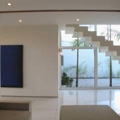 Stairs by Viviane Cunha Arquitetura