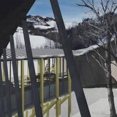 Jardins de Inverno industriais por Logan Leyton Arquitectos Industrial Madeira Acabamento em madeira