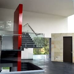 Gil + Gil : Escaleras de estilo  por GIL+GIL