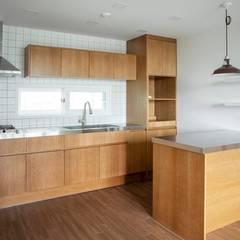 Kitchen units by 주식회사 큰깃