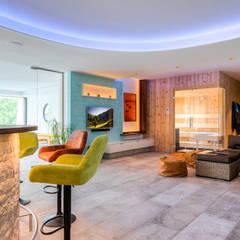 Saunas de estilo  por Horst Steiner Innenarchitektur