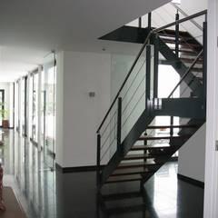Villa W.L-V, Meerssen (NL) :  Trap door Verheij Architecten BNA