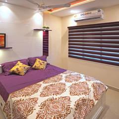 Small bedroom by HomeLane.com, Modern