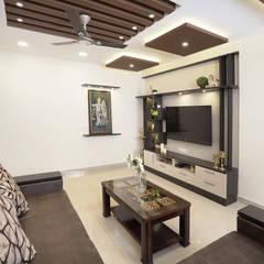Navins Springfield, Chennai:  Living room by HomeLane.com