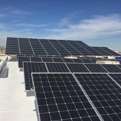 Roof terrace by CORSA grupo constructor / CORSA energia solar,