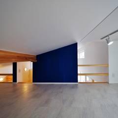 Small bedroom by ユウ建築設計室