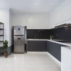 Thiết kế thi công nội thất chung cư 70m2 ấm cúng đáng mơ ước:  Nhà bếp by ICON INTERIOR