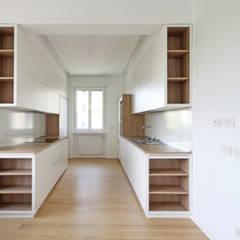 مطبخ تنفيذ JFD - Juri Favilli Design,