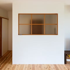 Wooden windows by a.un 建築設計事務所, Scandinavian Wood Wood effect