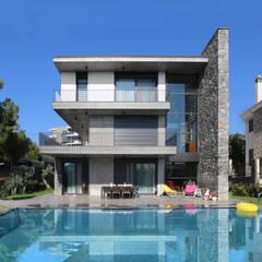 Mert Uslu Mimarlık İnşaat Ticaret Limited Şirketi – Özcan Canpolat Evi:  tarz Müstakil ev,