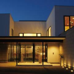 札幌市 H邸: 北渡建設一級建築士事務所が手掛けた一戸建て住宅です。,オリジナル