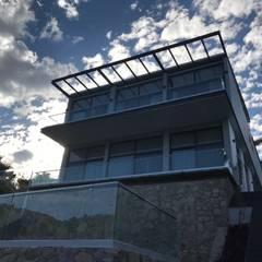 Balcony by ANCAR & ARQUITECTOS