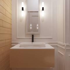 Дизайн-проект загородного дома: Ванные комнаты в . Автор – DESIGN GRUA