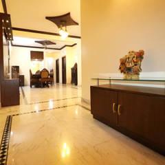 Fortune Pride:  Corridor & hallway by Indoor Concepts,