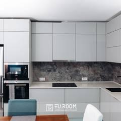 КУХНИ: Встроенные кухни в . Автор – TUROOM,