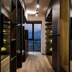 Modern dressing room by Maquiladora de Muebles Modern