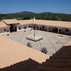 Villas by Cristina Rodríguez Ripoll, Country