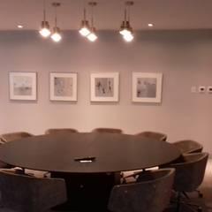 Ruang Kerja by Ortiz Construcciones y Remodelacion Integral