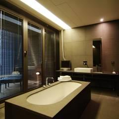 Hotel the mat (호텔 더매트): M's plan 엠스플랜의  욕실,미니멀