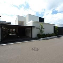 H House in Hakodate: HOKUTO DESIGN OFFICEが手掛けた一戸建て住宅です。,オリジナル