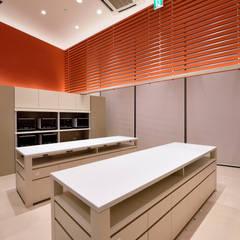 ABC Cooking Studio Nagoya Dome: KITZ.CO.LTDが手掛けた商業空間です。,ミニマル アルミニウム/亜鉛