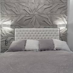 Apartament w Gdyni: styl , w kategorii Sypialnia zaprojektowany przez Lux Interiors - projektowanie i aranżacja wnętrz Gdańsk, Gdynia, Sopot,