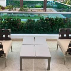 Proyectos de espacios y ambientes diseñados y ejecutados por B-house: Hoteles de estilo  por B-House, Moderno