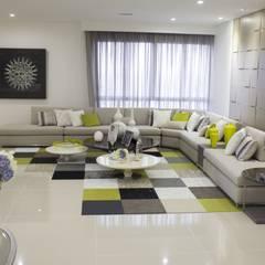 Proyectos de espacios y ambientes diseñados y ejecutados por B-house: Hoteles de estilo  por B-House,