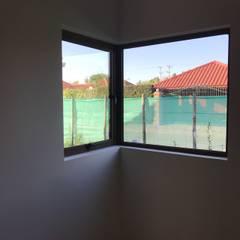 uPVC windows by Estudio Arquitectura y construccion PR/ Arquitectura, Construccion y Diseño de interiores / Santiago, Rancagua y Viña del mar