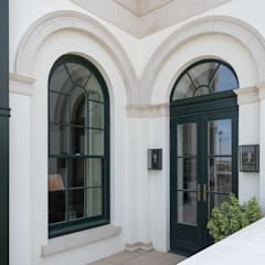Aluminium Clad Wood Sash Window Project In Poundbury من Marvin Windows and Doors UK كلاسيكي ألمنيوم/ زنك