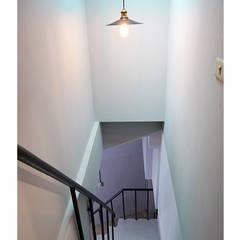 虎尾NO.35髮廊室內裝潢設計:  商業空間 by 寬野設計, 北歐風