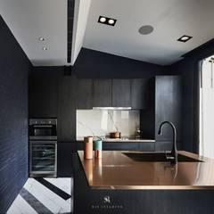 生生創研 XOR Creative Research:  廚房 by 理絲室內設計有限公司 Ris Interior Design Co., Ltd.,